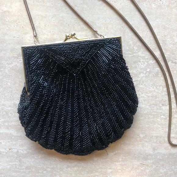 Vintage Carla Marchi beaded clamshell purse